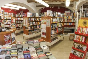 libreria la martinella narrativa visit colle di val d'elsa