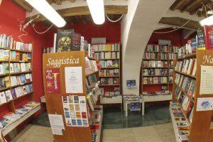 libreria la martinella saggistica visit colle di val d'elsa