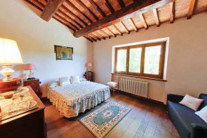 Agriturismo Il Casino villa chianti Siena Toscana camera visit Colle di Val d'Elsa