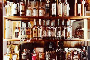 Enoteca Il Salotto distillati Visit Colle di Val dElsa